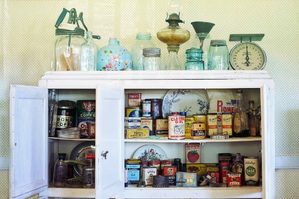 Retro Kitchen Supplies